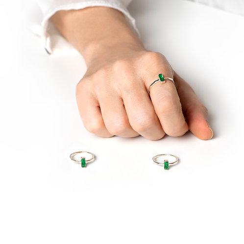 Baget Gümüş Yüzük – Zümrüt Yeşili Zirkon Taşlı
