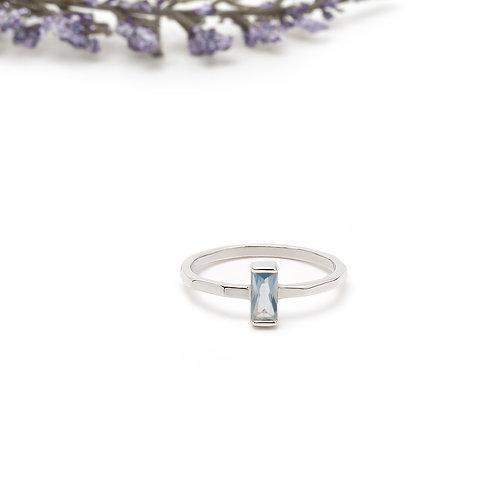 Baget Gümüş Yüzük – Akuamarin Mavisi Zirkon Taşlı