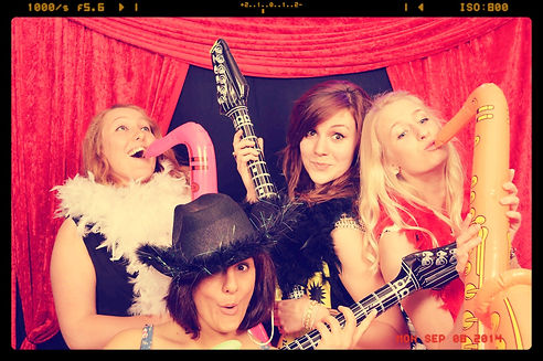Hollywood Photo Booth Hampshire, Open Air Photo Booth, Party Photo Booth, Prom Photo Booth