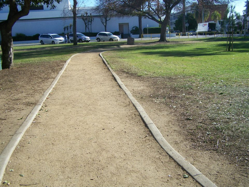 Walkers Path, Covina Park