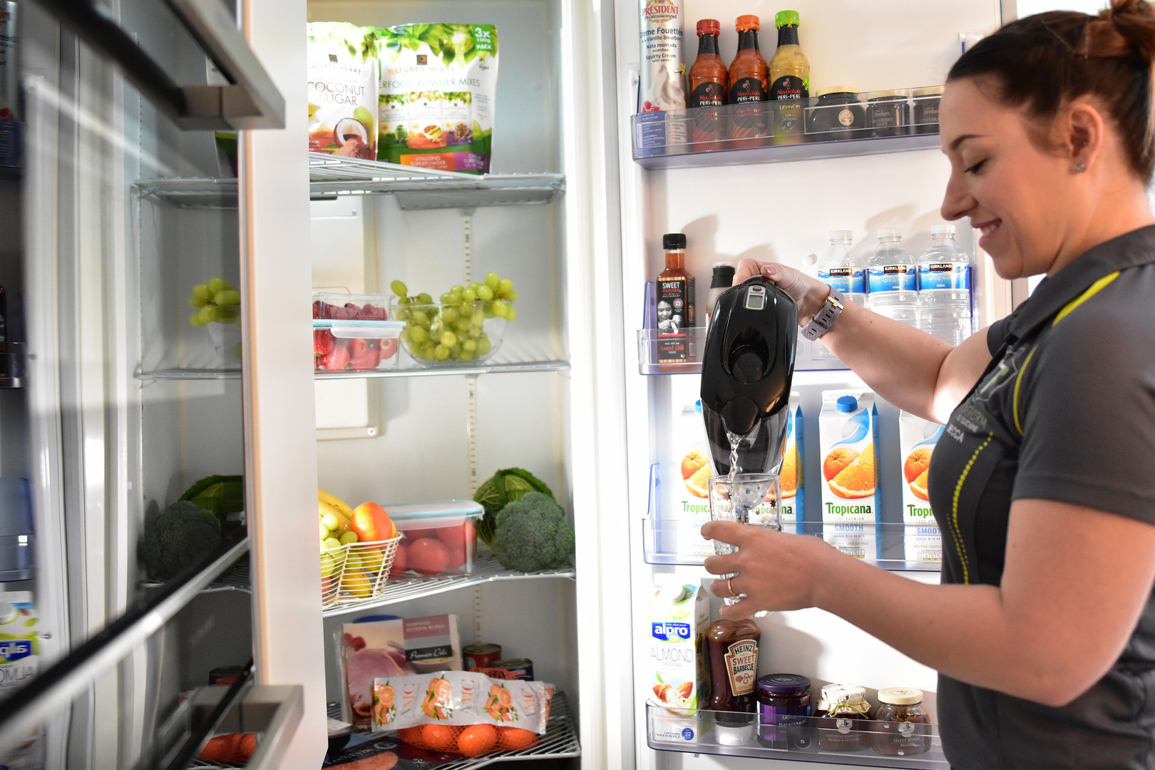 Healthy Fridge with Trainer 057.jpg