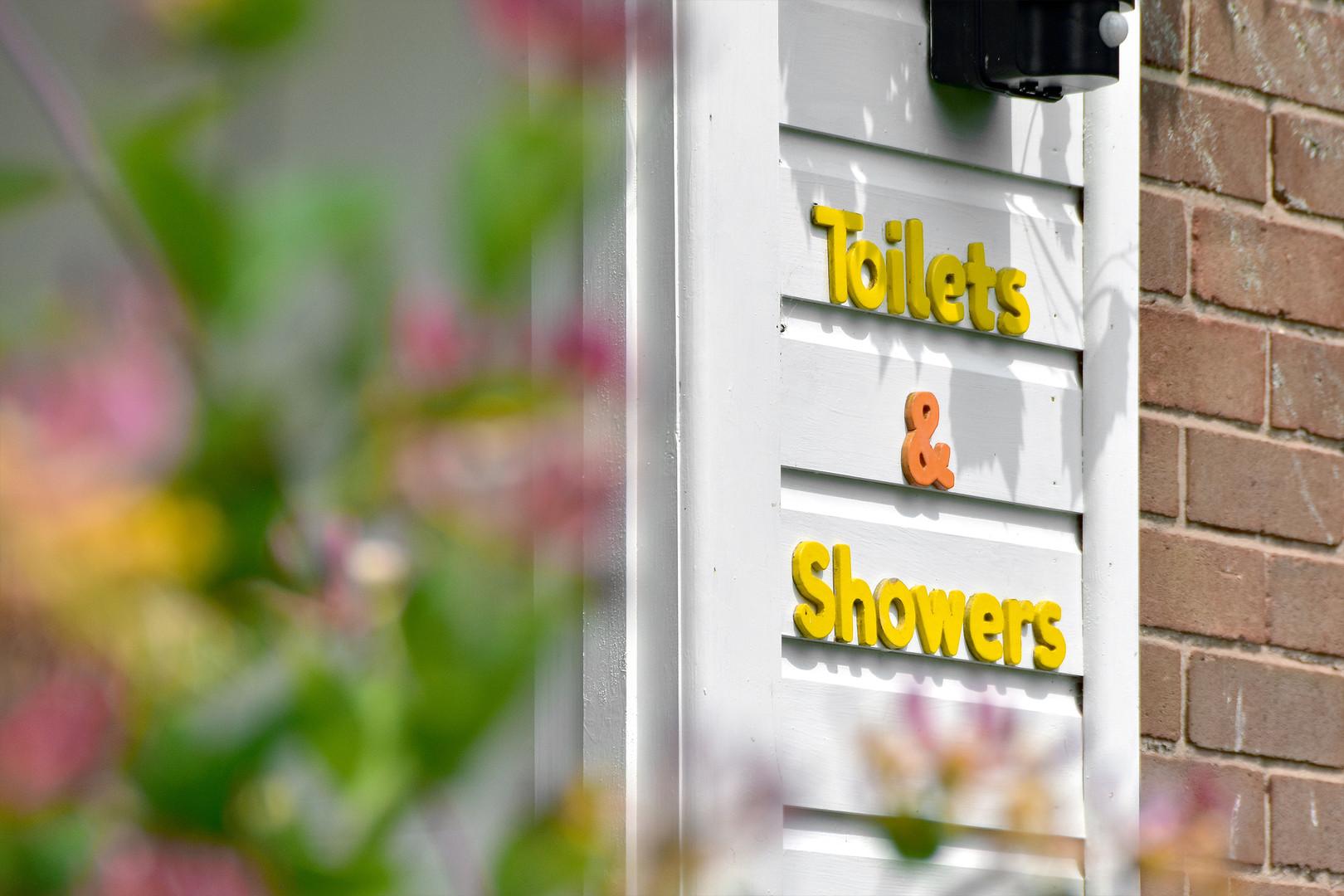 Little Oaks MR Shower Block 06.jpg