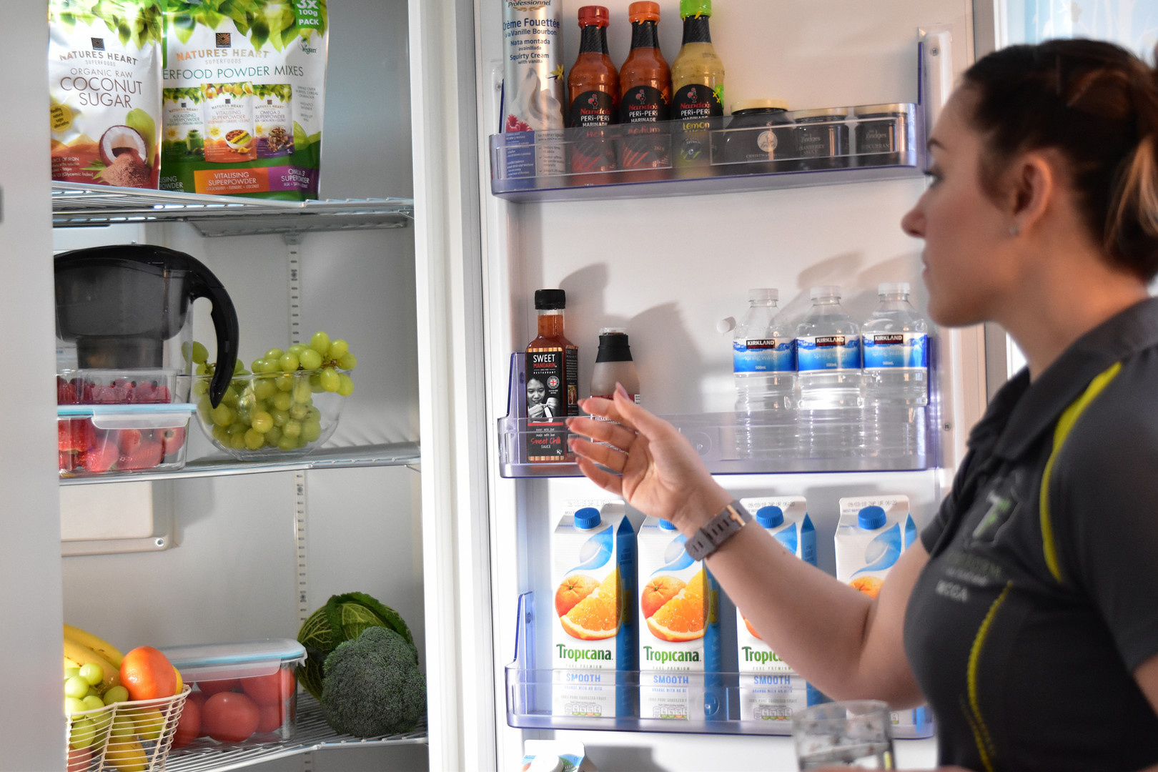 Healthy Fridge with Trainer 012.jpg