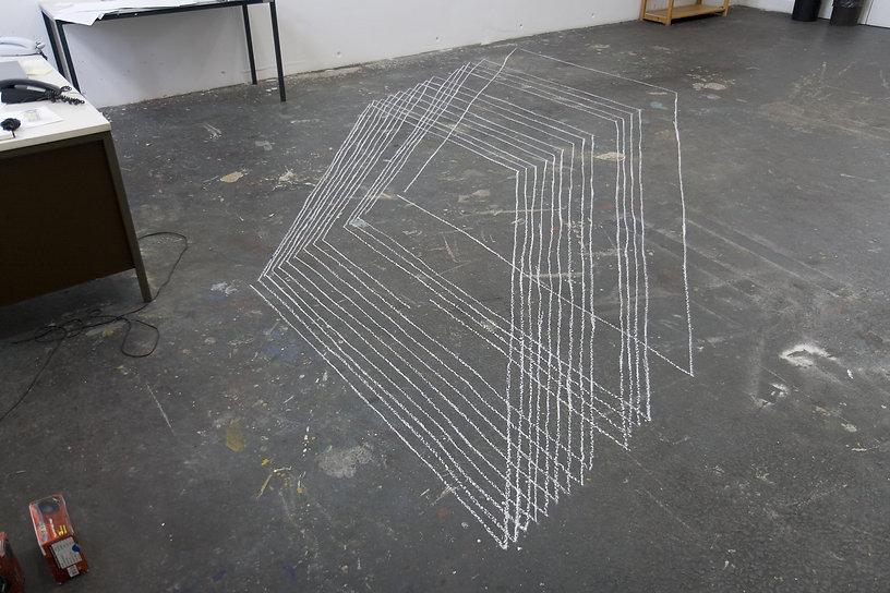 08b johanna von monkiewitsch kreide eine zeichnung zwei skulpturen.jpg