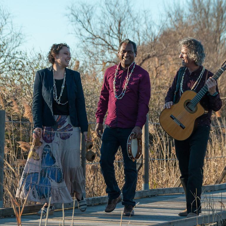 Trio Tropicalia en tournée dans les Pyrénées (65)