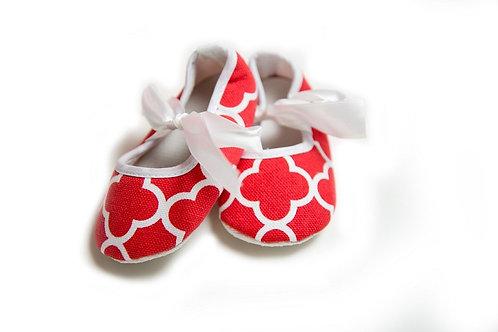 Quatrefoil Crib Shoes - 3 Colors