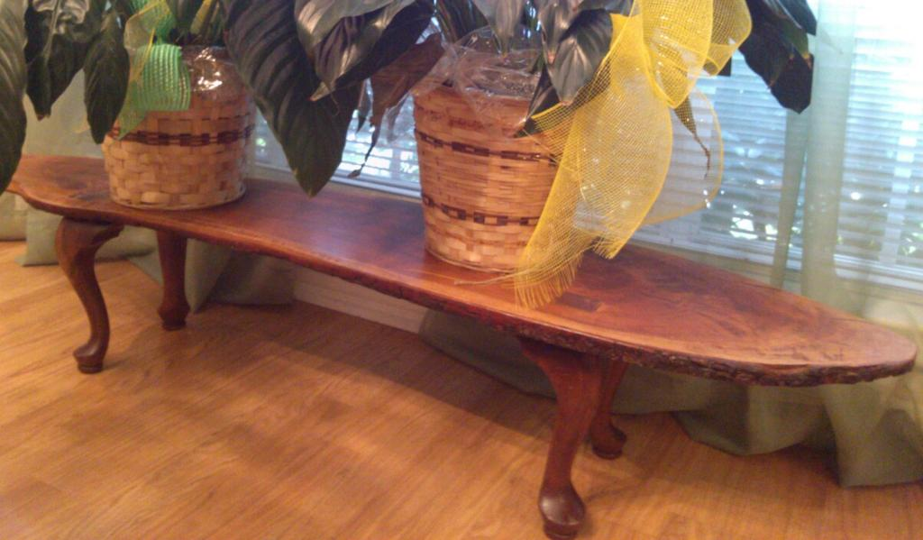 Elegant Plant Table
