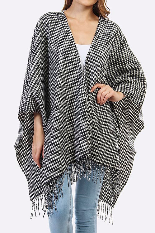 Houndstooth Design Cozy Fringed Poncho