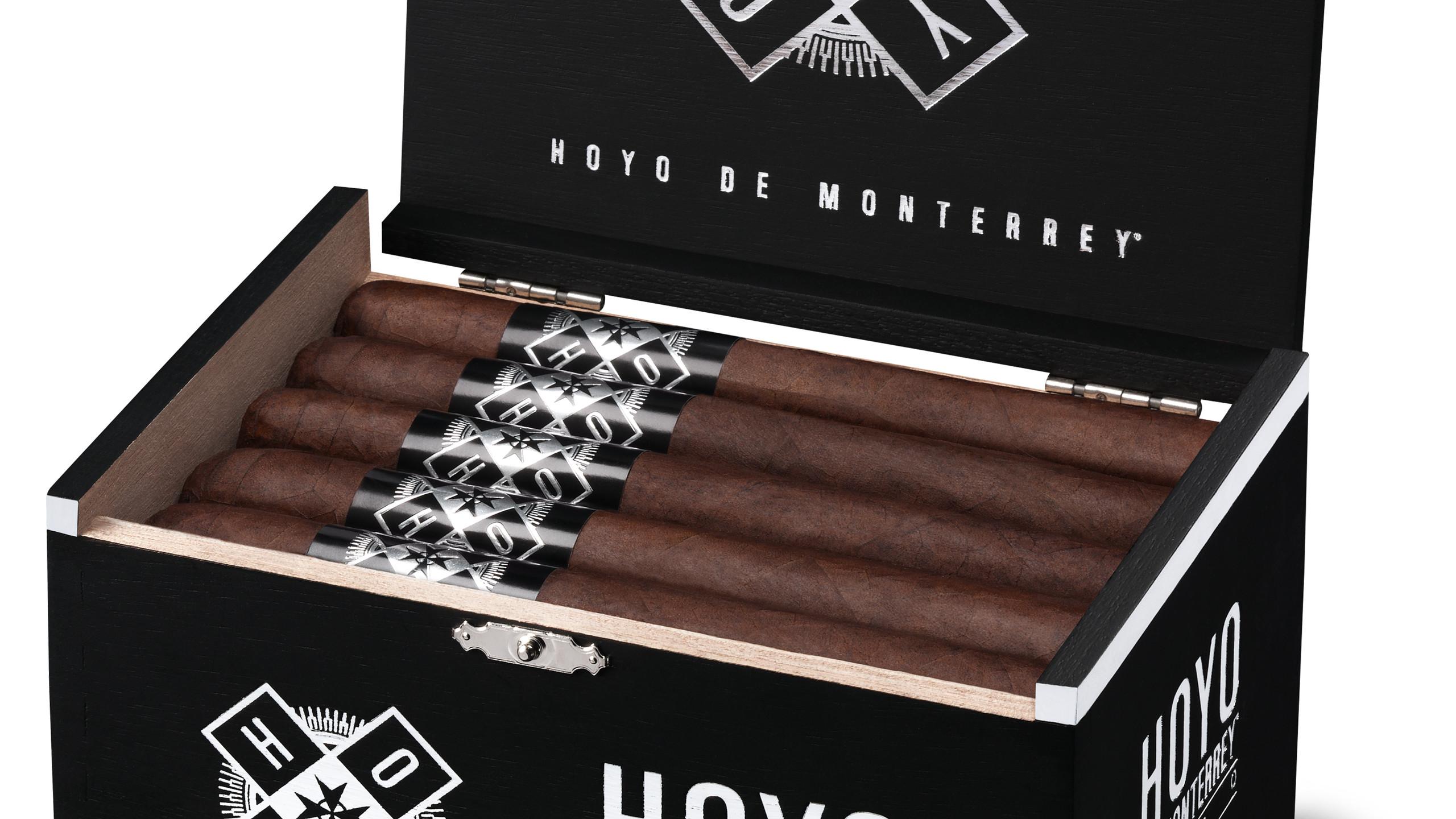 New Hoyo de Monterrey Toro box