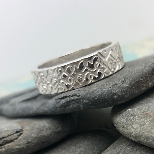 Many Hearts Ring
