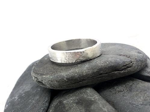 Men's Rippled Finish Ring