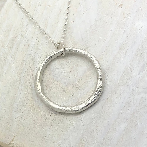 Rippled Ring Pendant (Large)