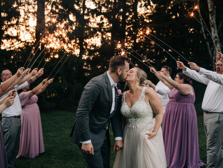 colorful & dreamy WI barn wedding with grilled cheese, a bluegrass playing mom, and dogs!!!!