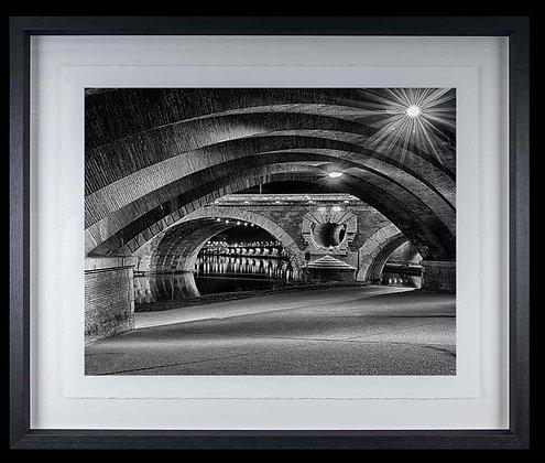 Pont Neuf Toulouse A3 Platinum print Black Ash Frame