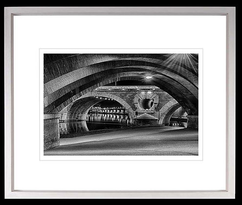 Pont Neuf Toulouse A4 Platinum print White Ash Frame