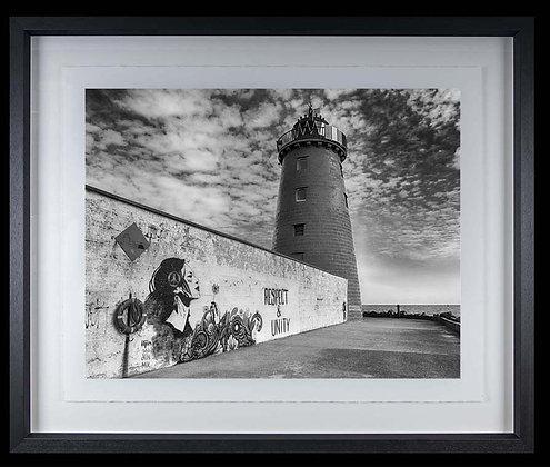 Lighthouse Great South Wall A4 inkjet print Black Ash Frame