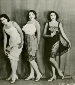 late 1910s under wear