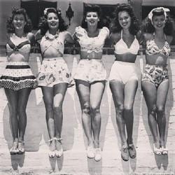 1940s-bikini-swimsuits