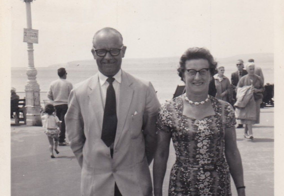 Middle aged couple 1950s