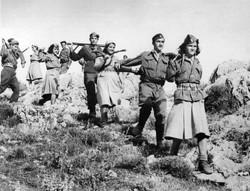 Greek-resistance-fighters
