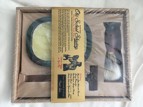''Old School'' Shaving Kit