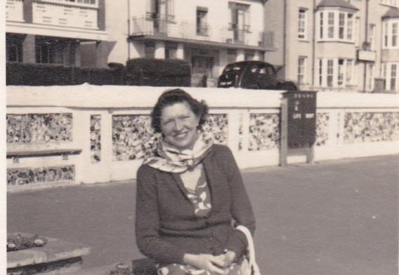 Fashionable Lady 1950s