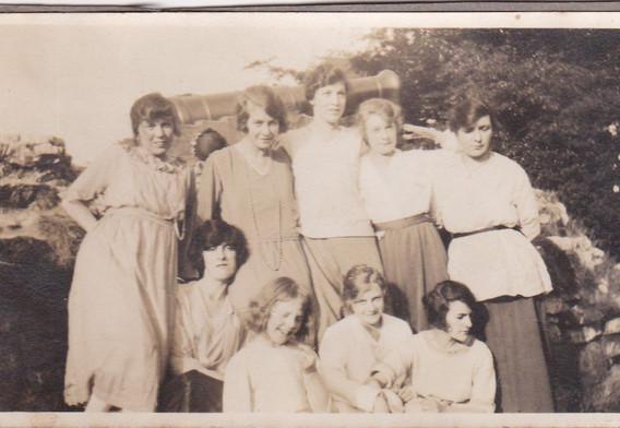 Young women 1920s