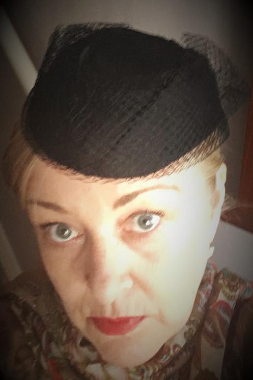 5b6099157796d TYPE  Structured Juliet Cap Hat