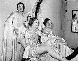 1936-vintage-lingerie