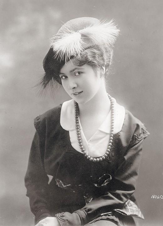 Women's Hats, 1913-1915 (5)