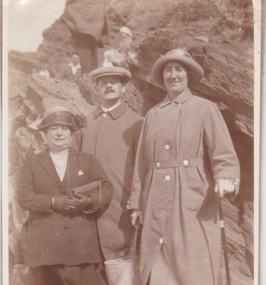 Walking Group 1925