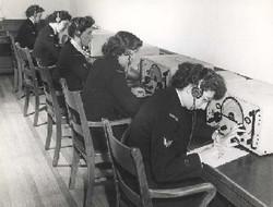 Radio operators WRENS