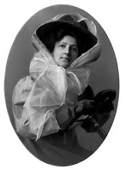 Edwardian Motoring hat with scarf