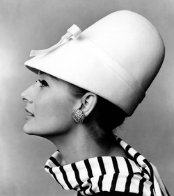 blog_eccde-60s-hat-john-french-photograp