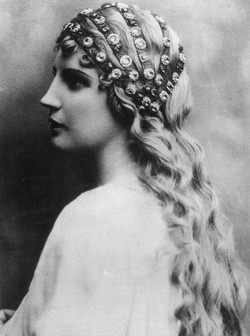 Kirsten Flagstad Opera Star