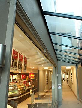 boutique-medium-image4.jpg