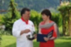 Sonja & Patrizio bei der Menubesprechung