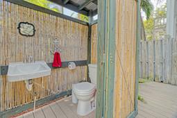 Bathroom - Outdoor.jpg