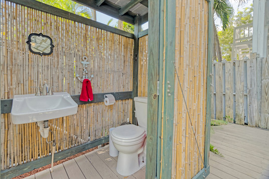 Bathroom - Outdoor.jpg