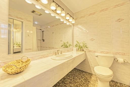 Master - Bathroom