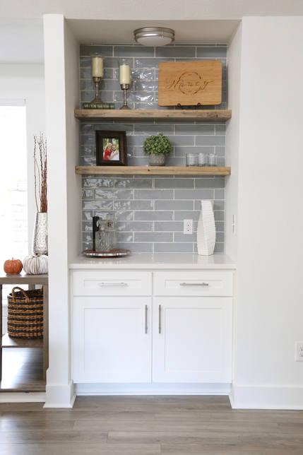 Kitchen Nook Tile Backsplash Interior Design