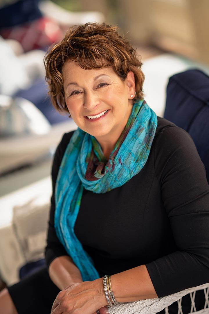 Gail Wallach Buell*