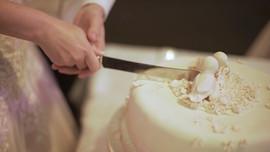 Lauren & David - Cake Cutting