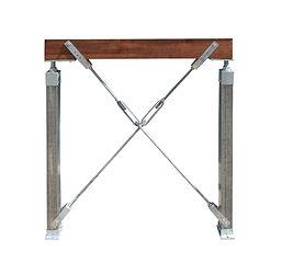 Adjustable fondation cross bracing