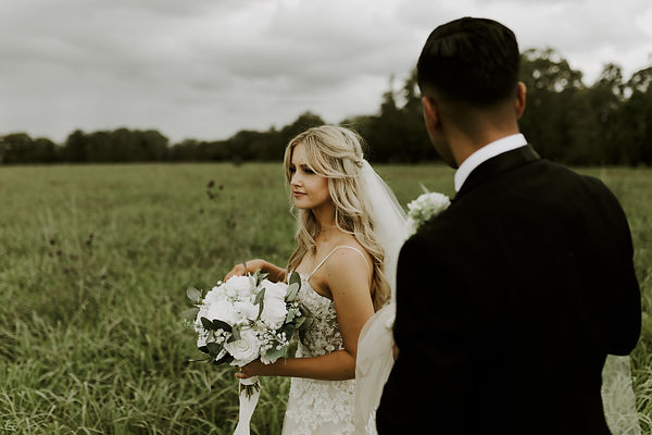 bride, groom, wedding, wedding bouquet, romance, wedding photography, sydeny wedding, international wedding, moody love, blonde bride