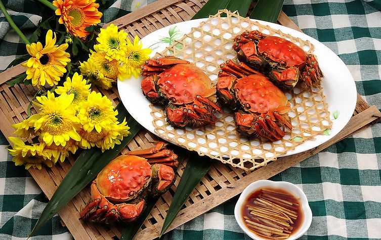 Steamed-Chinese-Mitten-Crabs-1.jpg