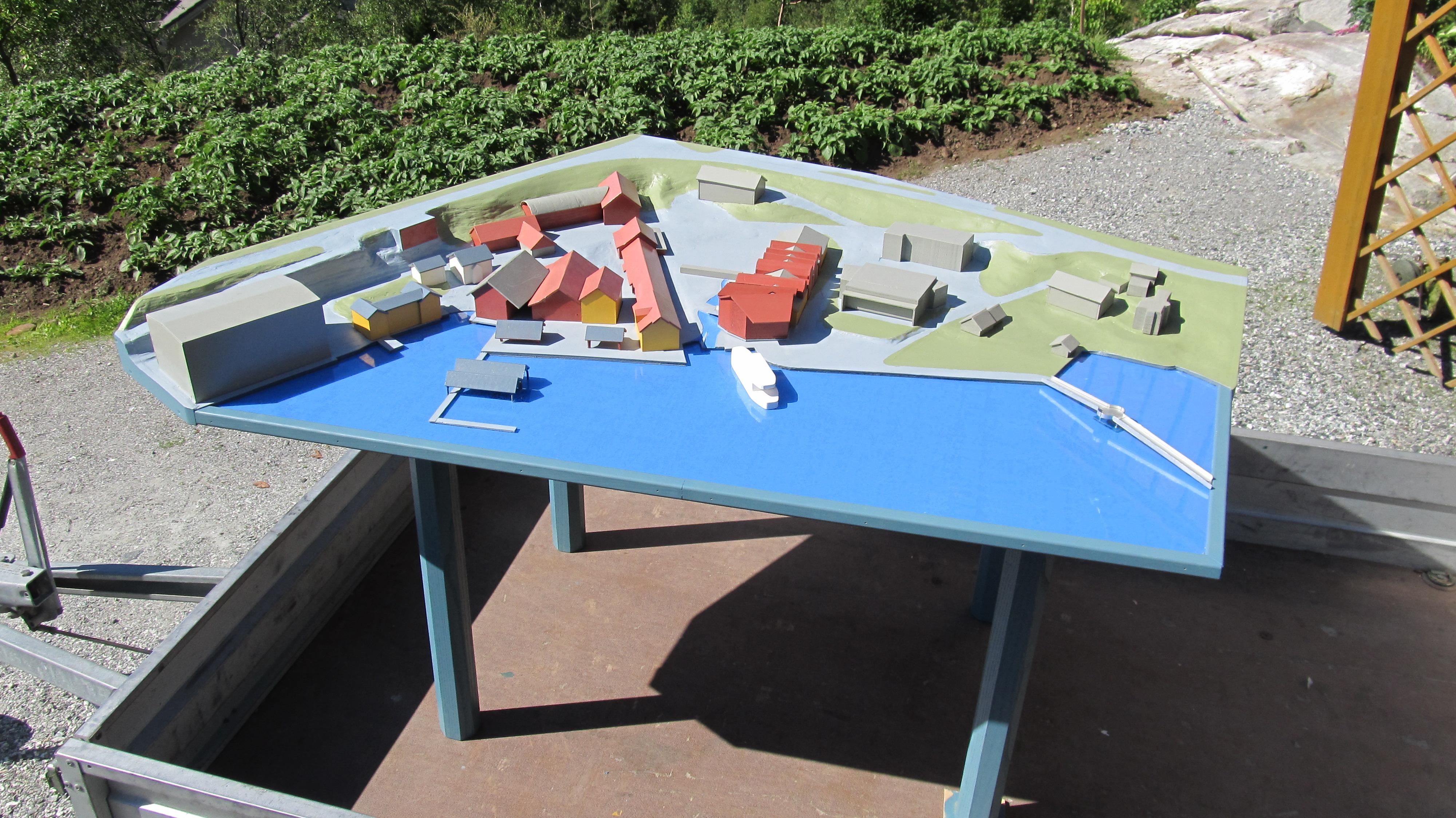 Modell av terreng og bygningar