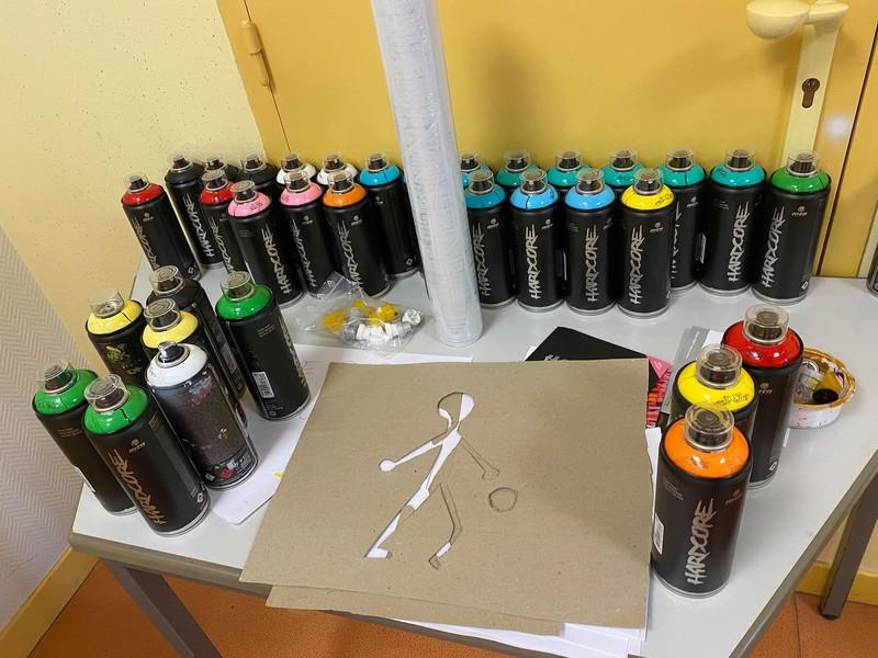 Atelier création de Pochoir groupe 9-12 ans