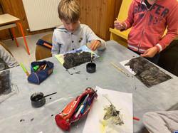 activité peinture à gratter 6-8 ans