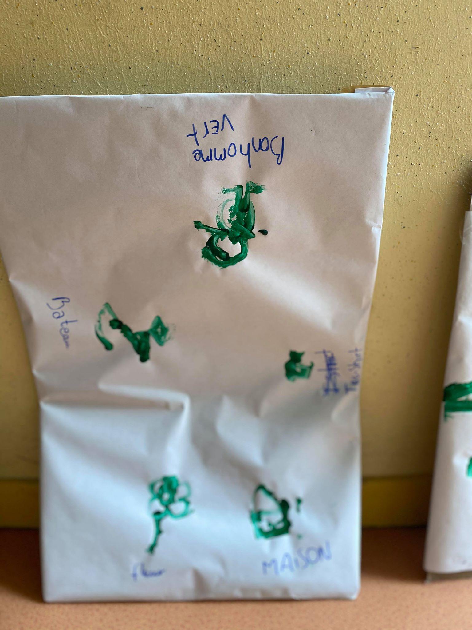 activité peinture à l'aveugle 9-12 ans